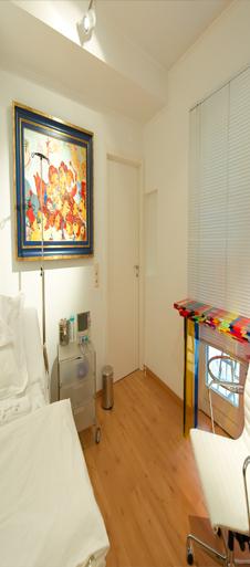 Huidbehandeling - België - Plastische Chirurgie Doctor Dombard.