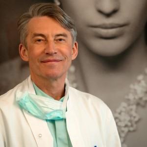 Docteur Dombard, spécialiste chirurgien plasticien Overijse Bruxelles Belgique